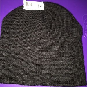 Other - Black beanie hat